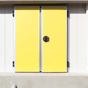 Hinged doors double wing